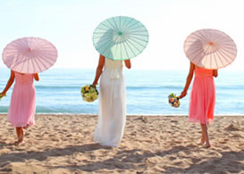 paper-parasols-island-wedding